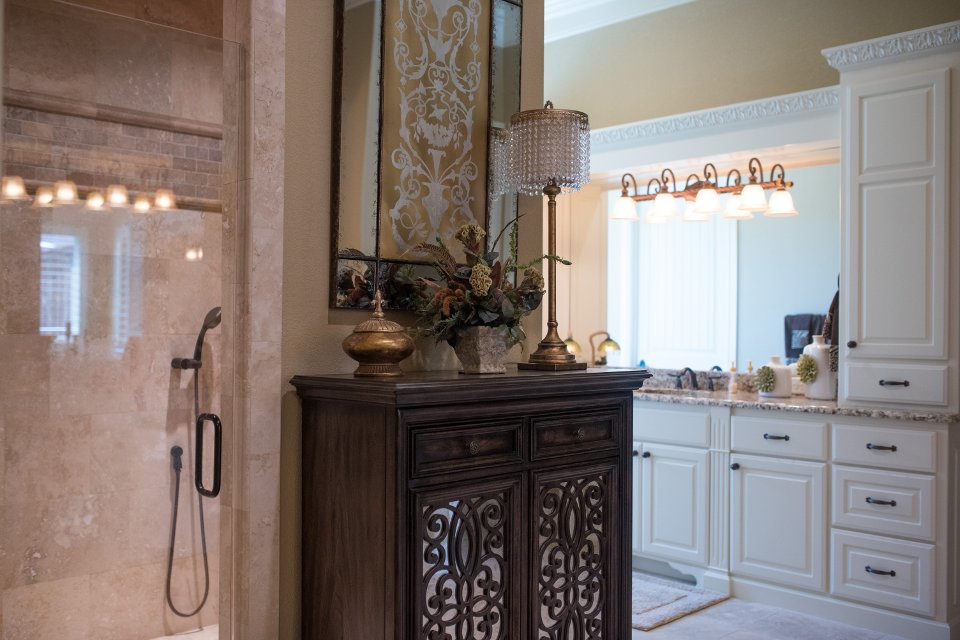 Douglas custom homes custom home builder wichita falls for Home builders wichita falls tx